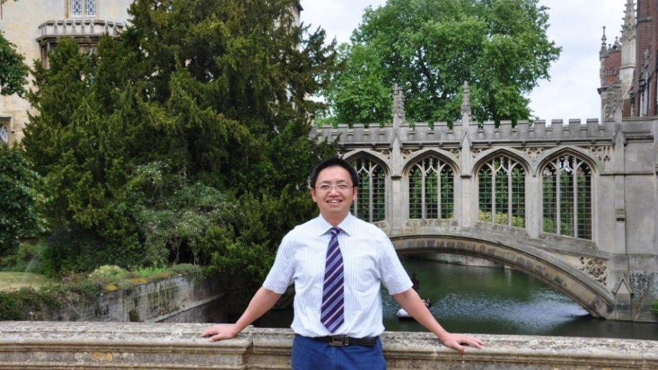 Dr. Xiao